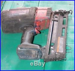 Bosch cordless 18 volt 16 Gauge Finish Nailer FNH180-16 1-1/4 to 2-1/2