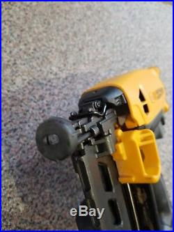 Bostitch GFN1664K 16GA 2nd Fix Finishing Nail Gun Cordless Gas Finish Nailer AA2