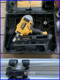 DEWALT 20V Brushless Framing Nailer (Bare Tool) 30 Degree. Includes Case