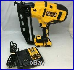 DEWALT 20V MAX XR 15 Gauge Cordless Angled Finish Nailer DCN650D1 Kit MD056