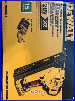 DEWALT 20V MAX XR 15 Gauge Cordless Angled Finish Nailer DCN650D1 NEW