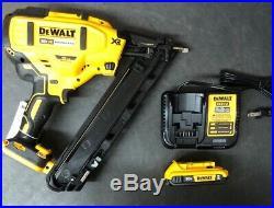 DEWALT DCN650D1 Cordless Brushless XR Nailer Kit Tool Set W Battery