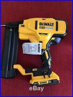 DEWALT DCN680D1 20V Cordless Nailer Kit