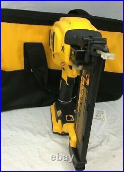 DEWALT DCN680D1 20V MAX Li-Ion XR 18 GA Cordless Brad Nailer Nail Gun Kit LN
