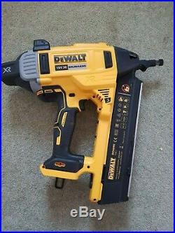 DEWALT DCN890N 18V Brushless Concrete Nailer Body Only