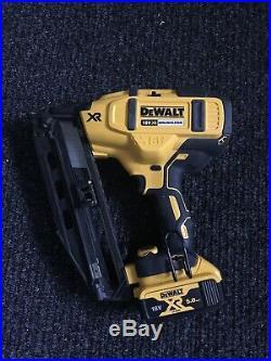 DeWALT DCN660N XR Brushless Second Fix Nailer 18V +5ah Battery