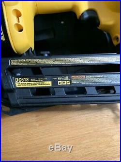 DeWalt DC618 18-Volt Cordless 16 Gauge Angled Finish Nailer Very Good Condition