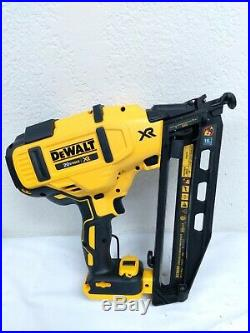 DeWalt DCN660D1 20V MAX 16Ga Angled Cordless Finish Nailer Kit, KL052