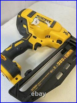 Dewalt 20V MAX XR Lithium-Ion Cordless 16-Gauge Angled Finish Nailer (Tool-Only)