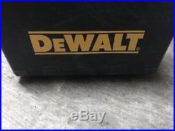 Dewalt DC616 18V Cordless 16 Ga Gauge Straight Nailgun Finish Nailer Case Manu