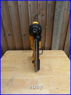 Dewalt DCN890 18v 1x5.0Ah XR Concrete Nailer Nail Gun Nailing
