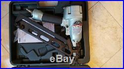 Hitachi 15 gauge angle Finish nailer NT65MA4 nail gun with air duster & case