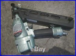 Hitachi 15 gauge angle Finish nailer NT65MA4 nail gun with air duster withwarranty