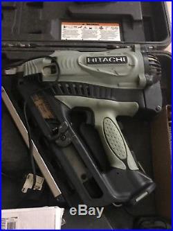 Hitachi NR90GC2 Framing Gas Nailer, Nail Gun