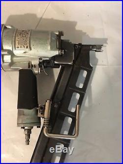 Hitachi NR 83A8(S) strip 3 1/4 nail gun