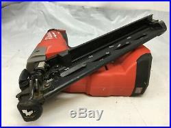 Milwaukee 2743-20 M18 FUEL 15ga Finish Nailer (Tool Only) C228