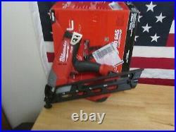 Milwaukee 2743-20 M18 Fuel Brushless 15 Ga Angled Finish Nailer (Bare Tool) 220
