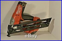 Milwaukee FUEL 18-Volt Brushless 15-Gauge Angled Finish Nailer 18V 2743-20
