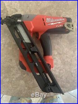 Milwaukee M18 FUEL 2743-20 15ga 18V Finish Nailer