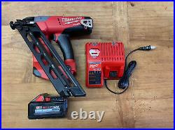 Milwaukee fuel 15 gauge finish nailer 2743-20 With 6.0 An Charger