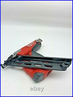 NEW MIlwaukee 2743-20 M18 FUEL Cordless 15-Gauge Finish Nailer-2021 (Tool Only)