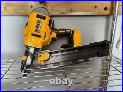 Open box 20v Dewalt 21 degree Cordless Framing Nailer TOOL ONLY DCN21PL