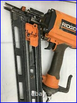 Ridgid R350RHF Nail Gun 21 Degree 3-1/2 in. Round-Head Framing Nailer F P